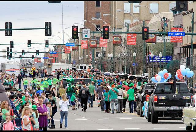 River Valley Ovarian Cancer Alliance Participates in the Fort Smith St Patricks Day Parade 2016